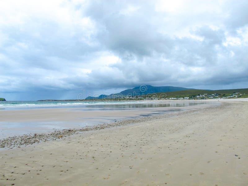 Keel Beach, Achill-Insel, Mayo, Irland lizenzfreie stockbilder