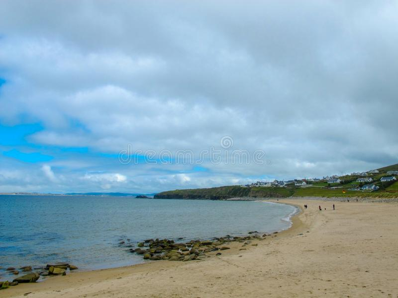 Keel Beach, Achill, Mayo, Irland stockfotos