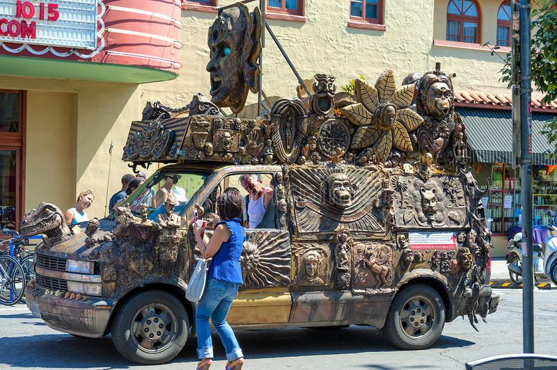 A keep Portland Weird Car at Hawthorne Street Fair, Portland, Ore stock images