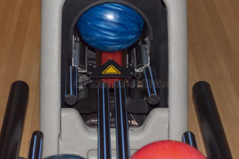 Kegelenballen op het rek royalty-vrije stock foto's