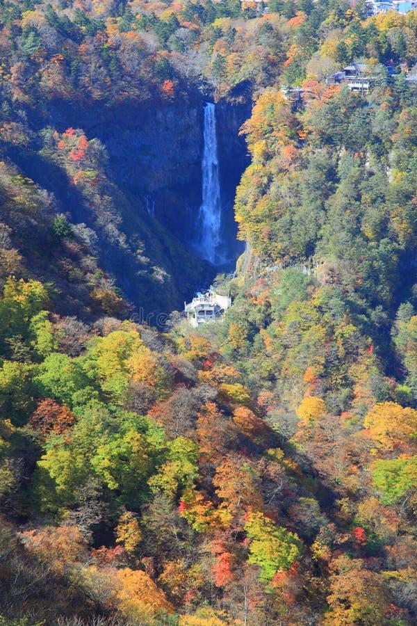 Kegon Falls och Lake Chuzenji i NIkko, Japan. royaltyfri foto