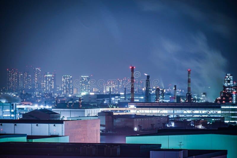 Keihin industriell zon som är synlig från Kawasaki Marien Kawasaki City, den Kanagawa prefekturen fotografering för bildbyråer