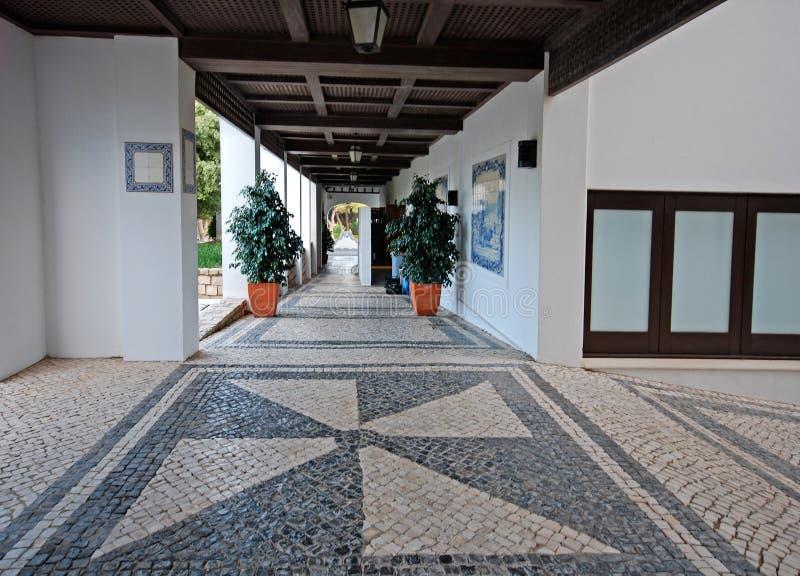 Keiterras in de zomertoevlucht (Portugal) stock afbeeldingen