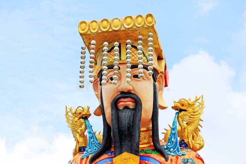 Keizerstandbeeld in Guan Yin Temple, het Gemeentelijke Park van Hatyai, Hatyai, Thailand royalty-vrije stock foto's