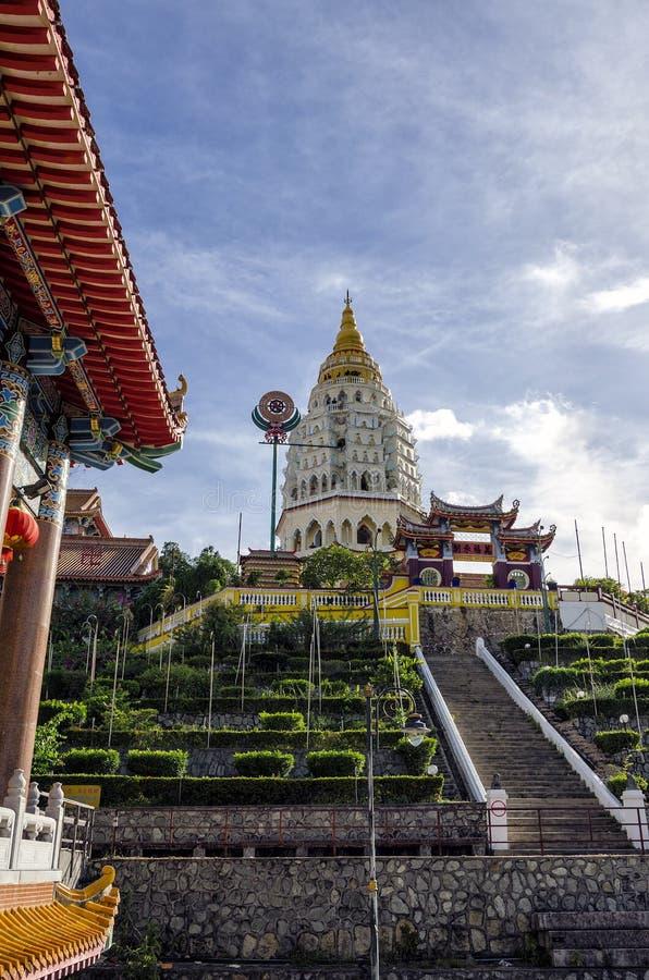 Kek Lok Si寺庙佛教中国建筑学,位于在空气Itam在槟榔岛,马来西亚 库存照片