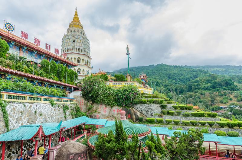 Kek Lok Si寺庙在空气位于的佛教寺庙Itam在槟榔岛 库存图片