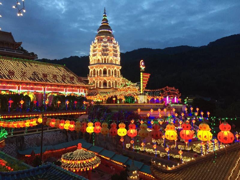 Kek Lok Si Temple på natten arkivfoto