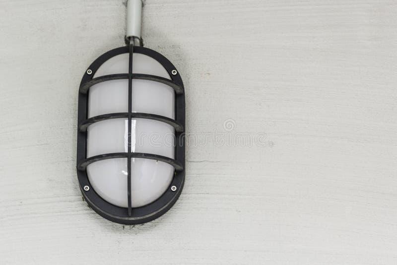 Kelderlamp stock afbeeldingen