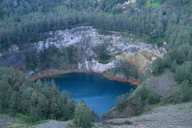 Kelimutu - уникально озеро Tam стоковая фотография