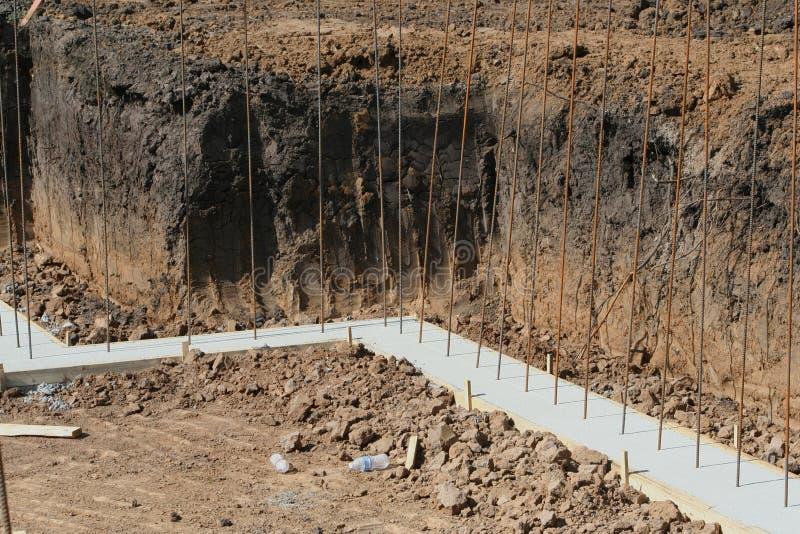 Kellermauerfundament stockbild