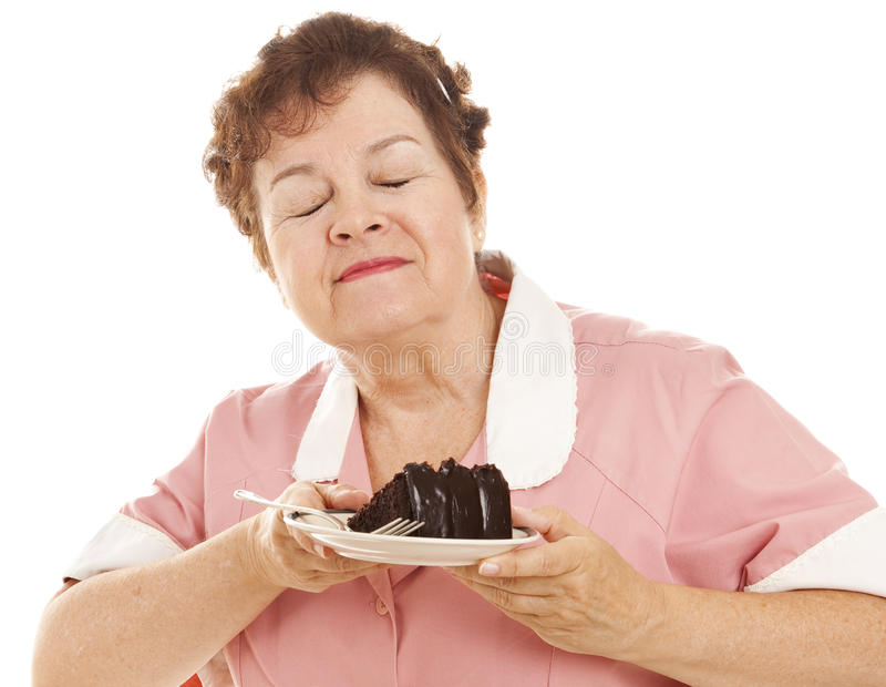 Kellnerin liebt Schokoladen-Kuchen lizenzfreie stockfotos