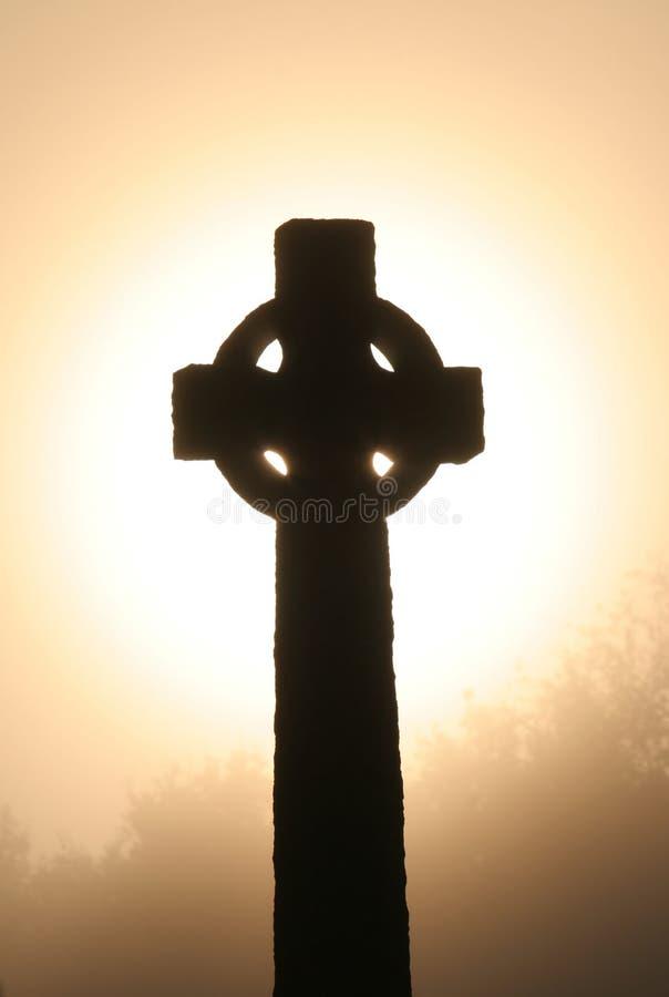 Keltisch kruis bij dawm royalty-vrije stock afbeeldingen