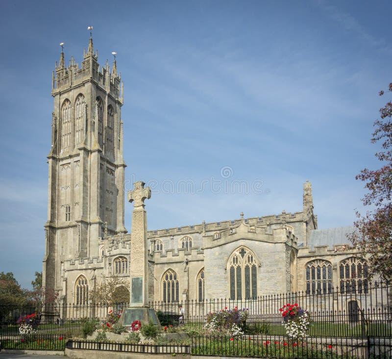 Download Keltische Dwarsgedenkteken En Kerk, Glastonbury Stock Foto - Afbeelding bestaande uit keltisch, architectuur: 54087848