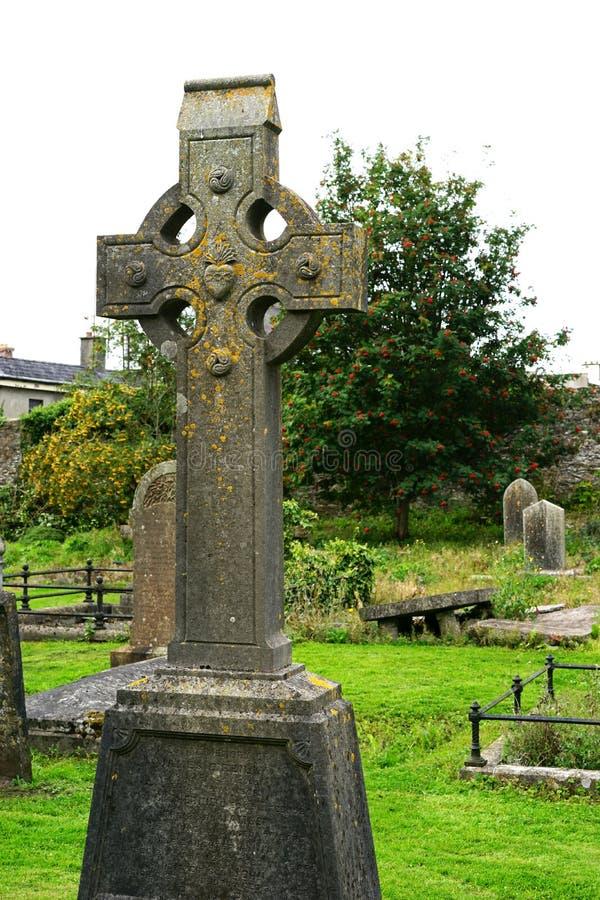 Keltischer Grabstein in altem Kells stockfotos