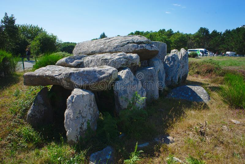 Keltisk dolmen i Carnac, Frankrike arkivfoto