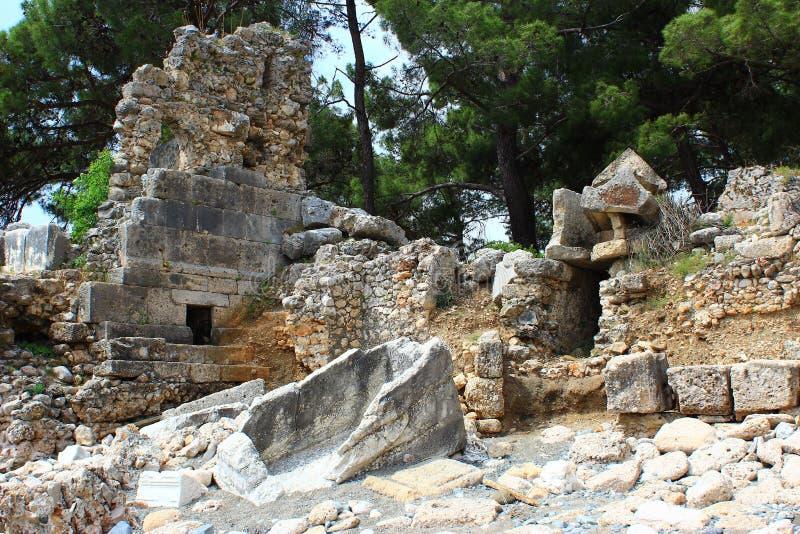Kemer, Turcja, Maj 2017 Ruiny antyczny miasto Phaselis zdjęcie royalty free