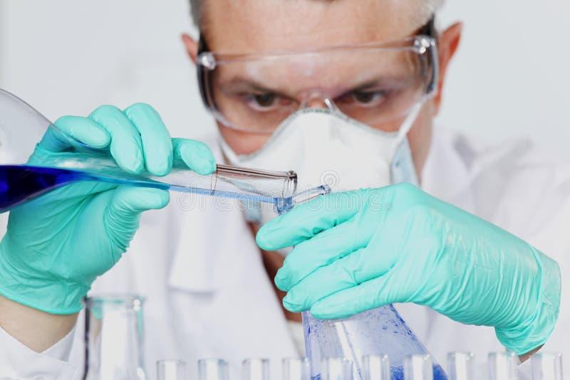 kemiforskare royaltyfria bilder