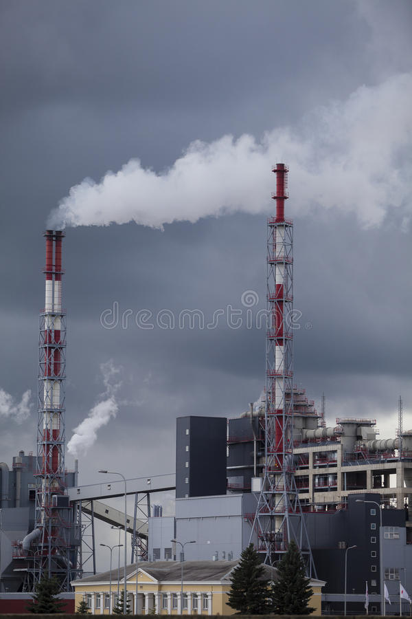 kemikalie 2011 kan den odessa växten ukraine royaltyfri fotografi