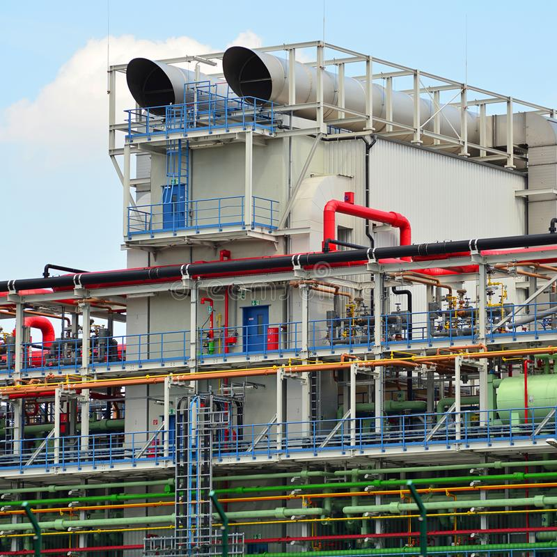 Kemisk bransch - fabrik för tillverkningen av kemisk pikstav royaltyfria bilder