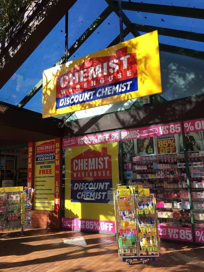 Kemist Warehouse Shop royaltyfria bilder