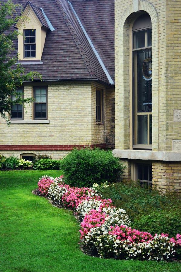 Kemper mitt, Kenosha, Wisconsin - Begonia Garden royaltyfria bilder