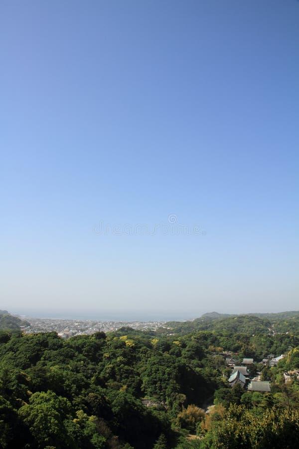 Kencho-ji und Stadtbild von Kamakura von der Spitze des Berges, in Kanagawa, Japan stockfoto