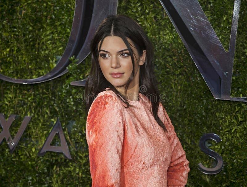 Kendall Jenner chez Tony Awards 2015 image stock