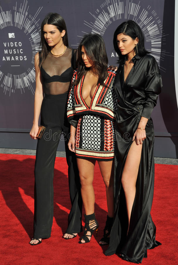 Kendall Jenner & Kim Kardashian & Kylie Jenner foto de stock