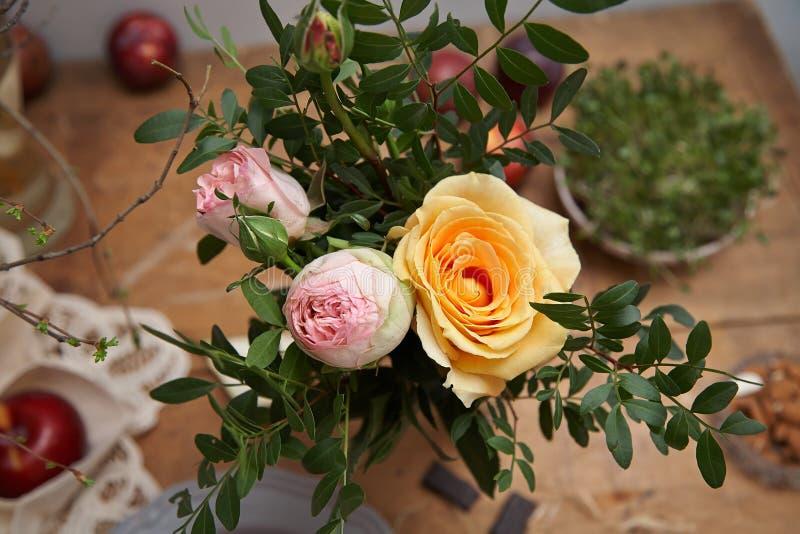 kenia玫瑰一点花束  免版税库存图片
