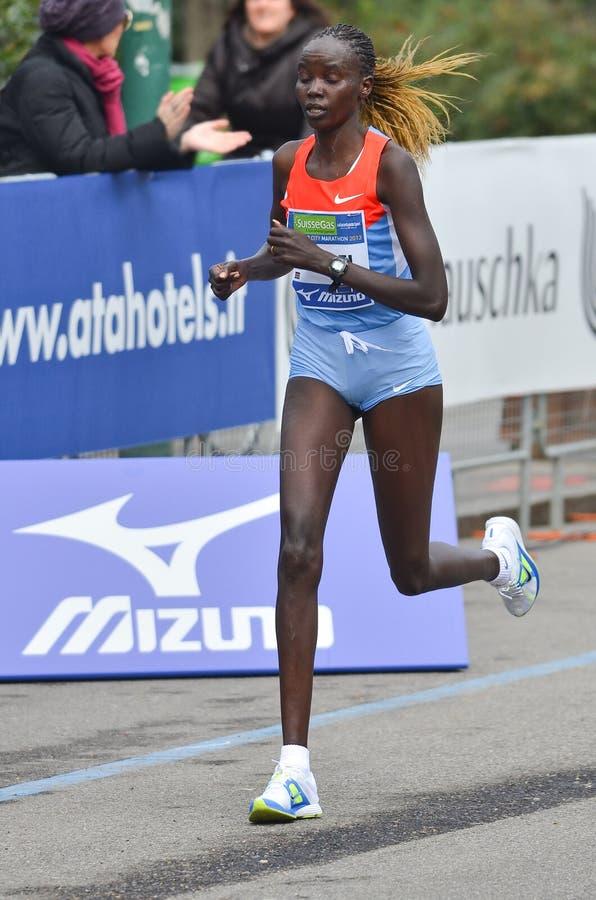 米兰市2013年马拉松运动员 库存照片