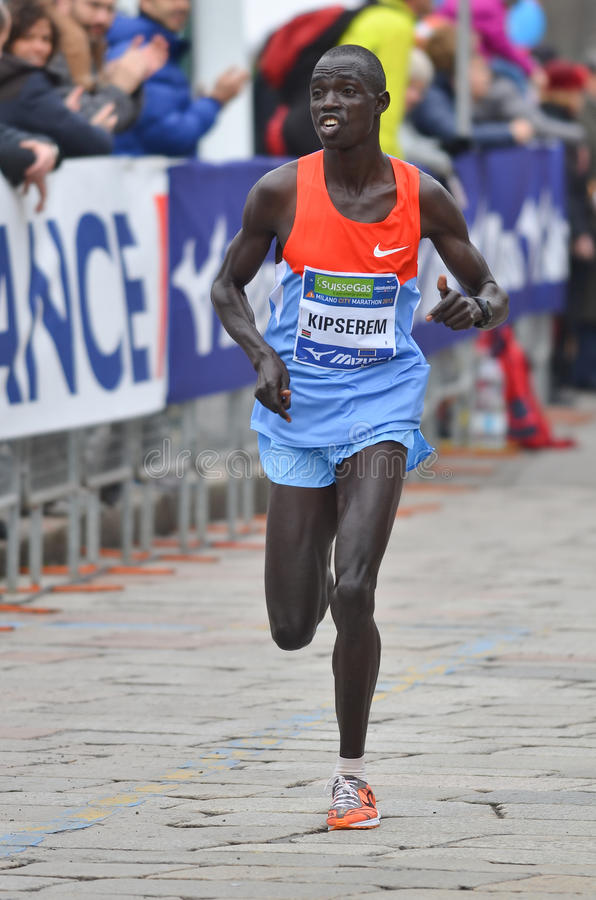 米兰市2013年马拉松运动员 免版税库存图片