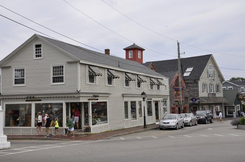 Kennebunkport, Мейн, 30-ое июня: Городские исторические дома от Kennebunkport в положении Мейна США стоковые изображения rf