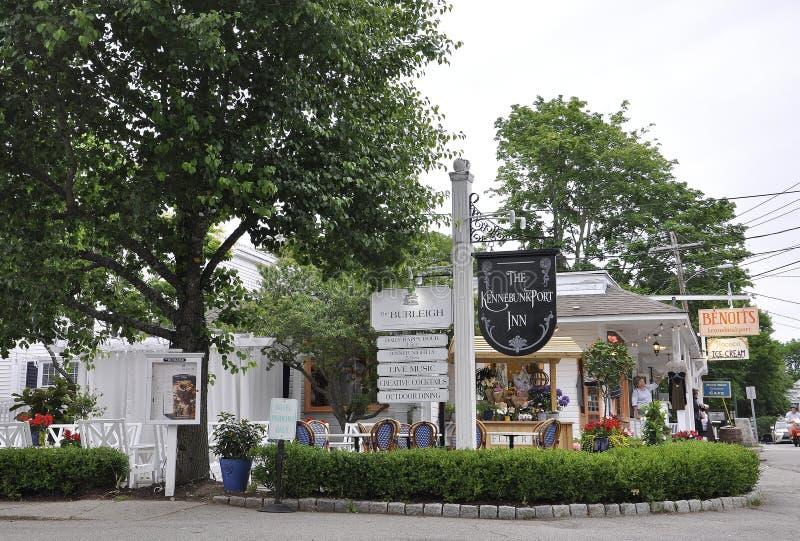 Kennebunkport, Maine, o 30 de junho: Pensão histórica do centro de Kennebunkport no estado de Maine de EUA fotos de stock royalty free