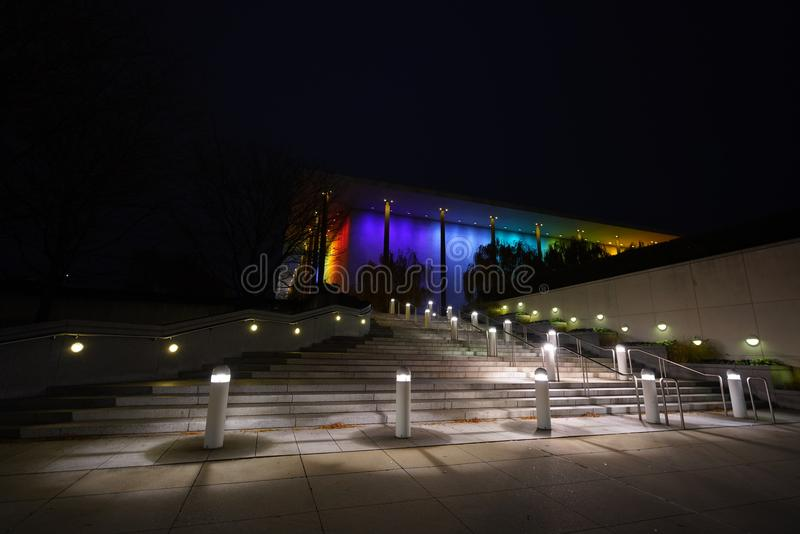 Kennedy Center en la noche fotos de archivo libres de regalías