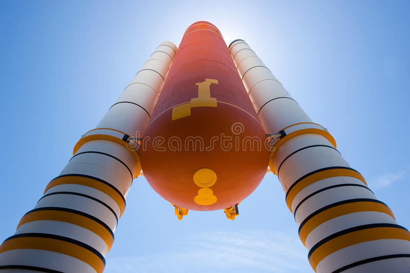 Kennedy Space Center. FLORIDA, USA - APRIL 27, 2016: Boosters and fuel tank in front of the the entrance of the building where Space Shuttle Atlantis is stock photos