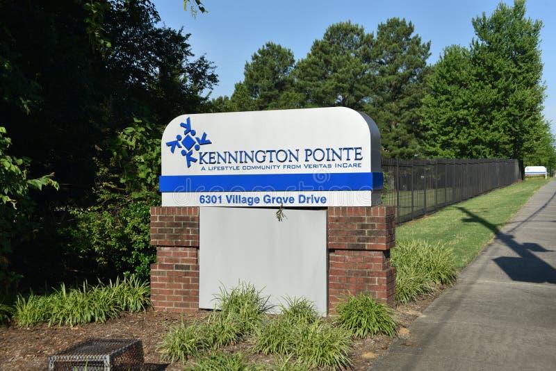 Kennington Pointe Pomagaj?cy utrzymanie, Memphis, TN obrazy stock