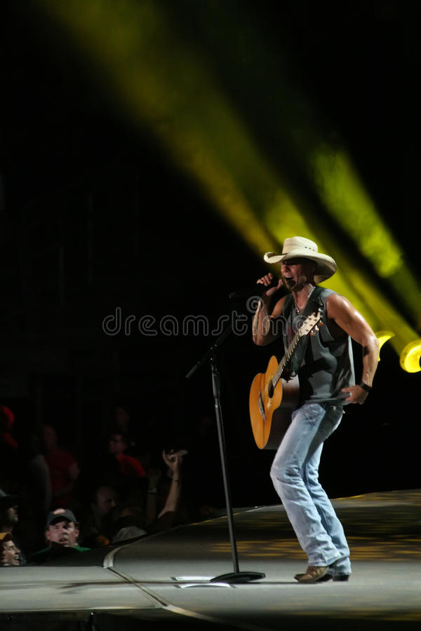 Download Kenny Chesney editorial image. Image of event, concert - 25616055