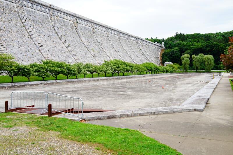 Kensico-Verdammungs-Piazza und Reservoir c 3 lizenzfreie stockfotos