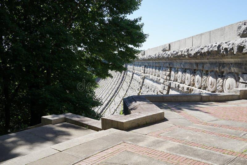 Kensico-Verdammungs-Piazza und Reservoir 66 stockfotografie