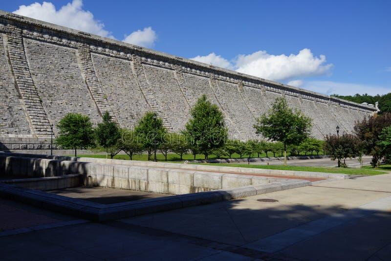 Kensico-Verdammungs-Piazza und Reservoir 51 lizenzfreie stockfotos