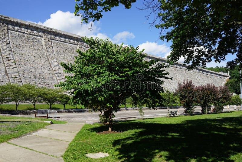 Kensico-Verdammungs-Piazza und Reservoir 36 lizenzfreies stockfoto