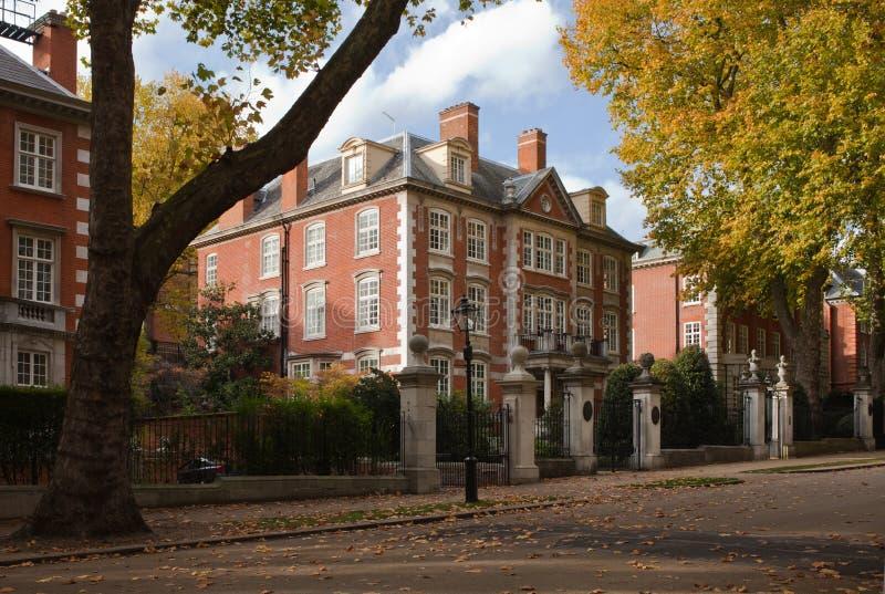 Kensington. Blisko Hyde parka. Londyn zdjęcia stock