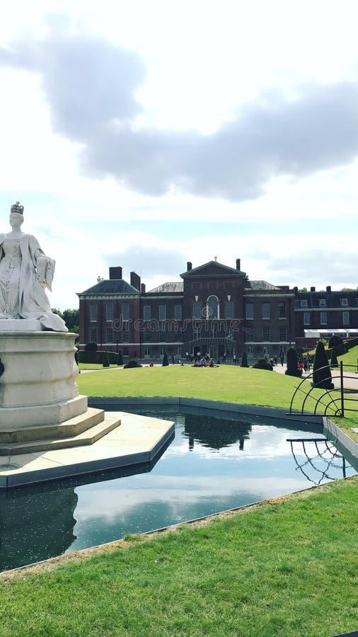 Kensington fa il giardinaggio vista frontale immagine stock