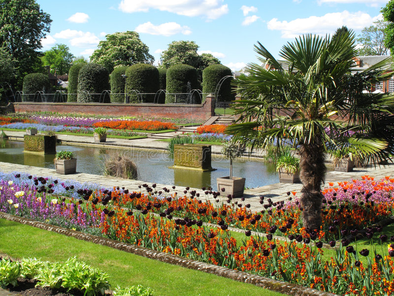 Download Kensington Palace Formal Garden Stock Image - Image: 9133733
