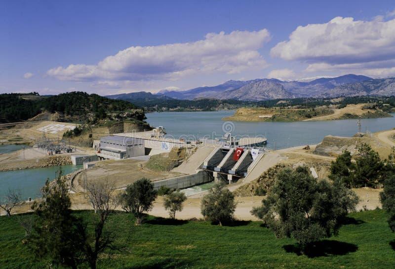 Kepez ogrobla, grobelny jezioro i hydroelektryczna elektrownia w Adana fotografia royalty free
