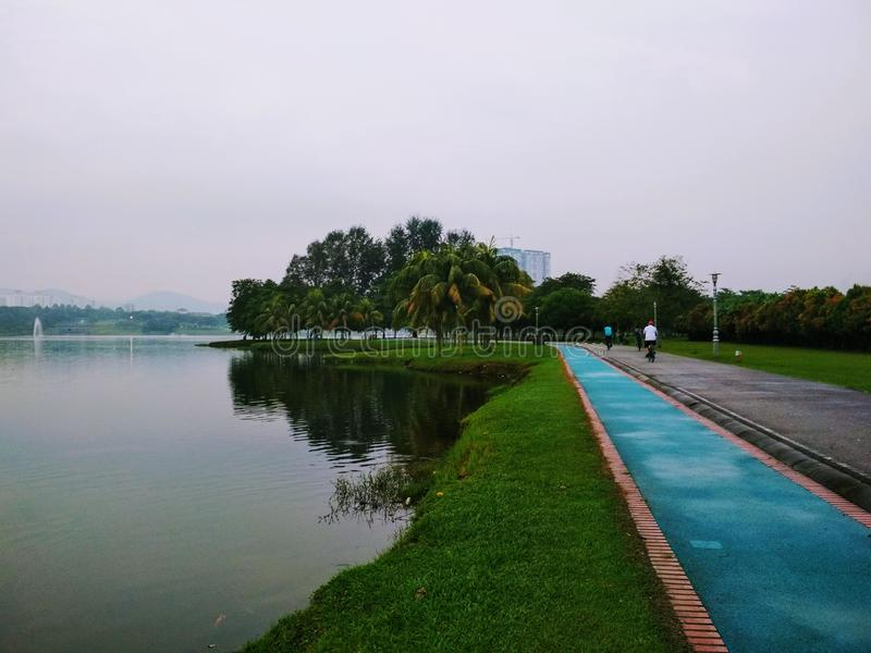Kepong大城市湖庭院 免版税库存图片
