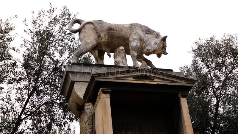 Kerameikos - byk marmur athens Grecja zdjęcia royalty free