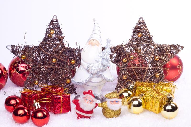 Download Keramische Sankt-Abbildung Mit Weihnachtsverzierungen Stockbild - Bild von blau, vater: 12201447