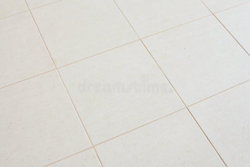 Keramischer mit Ziegeln gedeckter Fußboden stockfoto