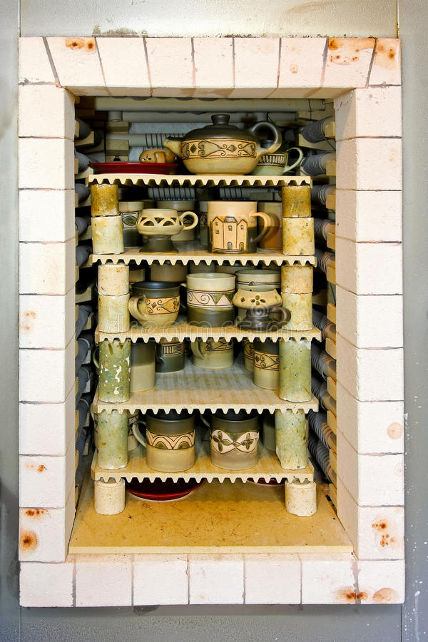 Keramischer Ofen lizenzfreies stockfoto